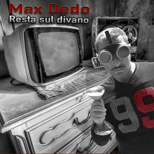 Max_Dedo_Resto_Sul_Divano_500x500px