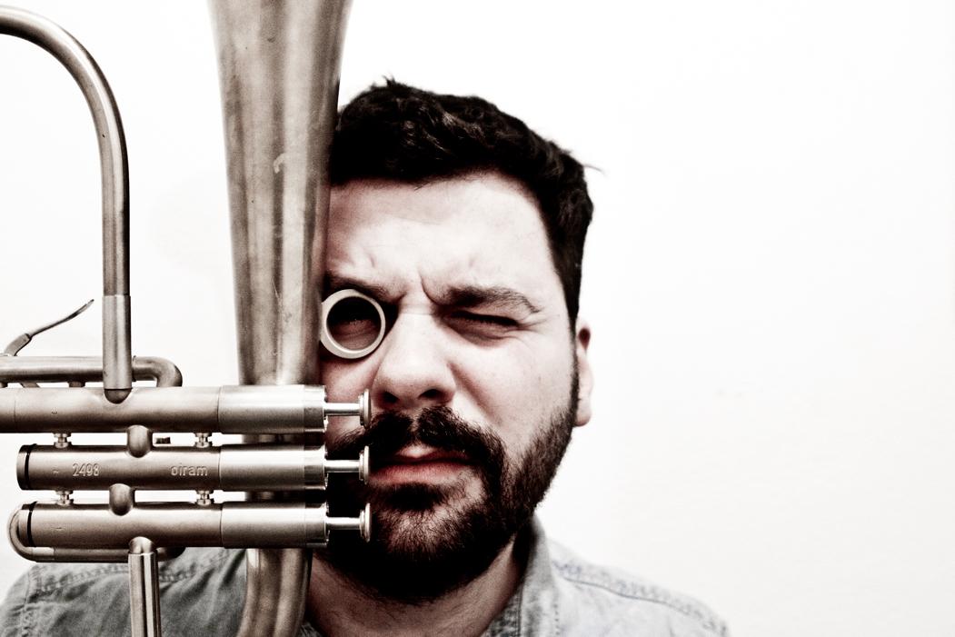 Gabriele Mitelli in concerto in duo con Alexander Hawkins | Domenica 18 giugno al Lagarina Jazz