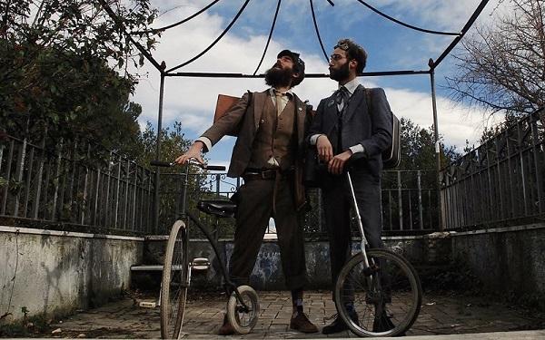 Per Teatri D'Arrembaggio al Teatro del Lido di Ostia Il Social Comedy Club con Il Soldato Fanfarato diretto da Daniele Fabbri