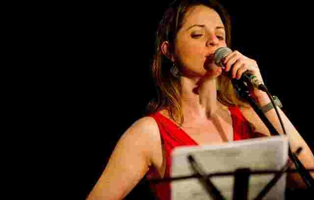 iMusic Latin Bossa Experience dal vivo all'Elegance con Stefania Patanè