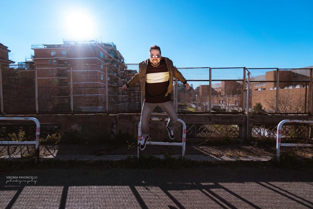 """Napodano, Lucciole è il nuovo singolo tra pop e sonorità """"eighties"""""""