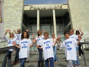 POPEisPOP_flashmob5