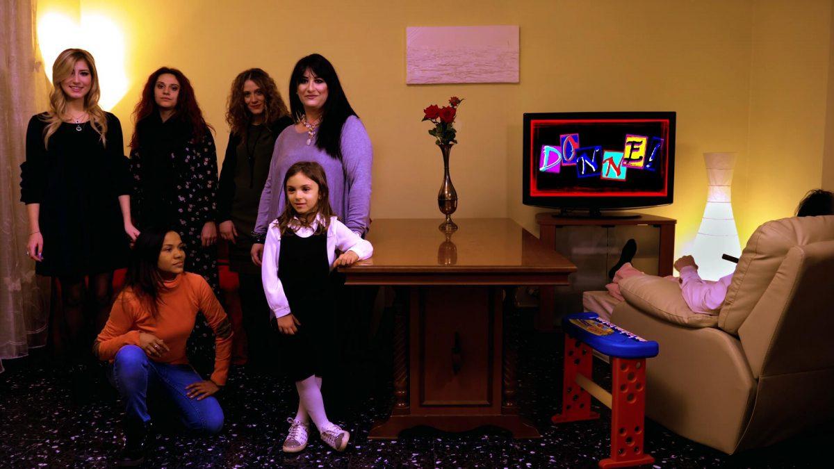 Le donne al centro nel progetto del cantante ermafrodita