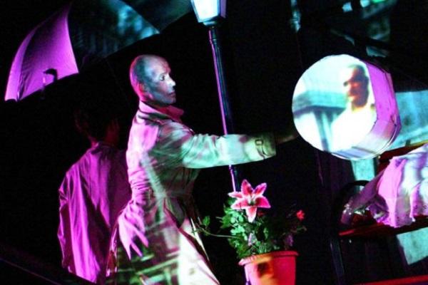 CONTEMP-HUMANITY: Teatro urbano, nuove drammaturgie, stand up comedy, danza, musica e Silent disco