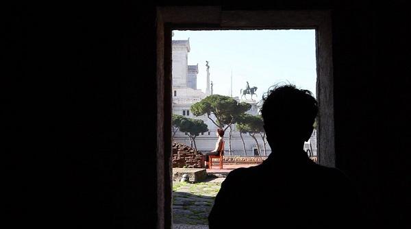 LIVE MUSEUM, LIVE CHANGE: Sonia Andresano con 'Permesso di Sosta e Fermata' prosegue gli atelier artistici presso i Mercati di Traiano