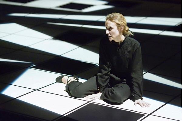 Al Teatro del Lido per QUINTESCIENZA Ksenija Martinovic in MILEVA